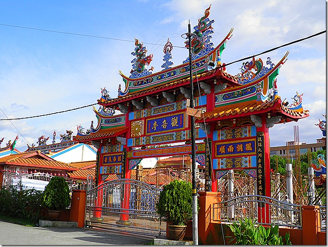 kajang temples 2 Feb 11 010