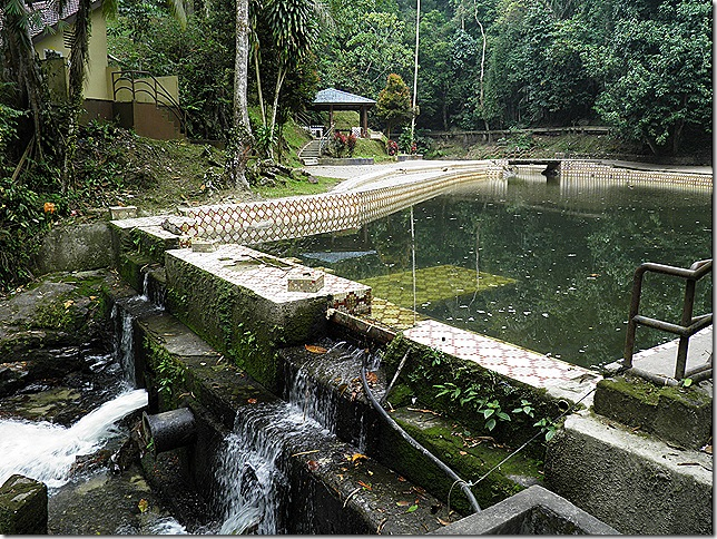 Templer Park Swimming Pool.