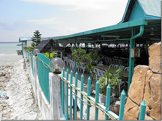 Medan Muara Ikan Bakar seafood restaurant.