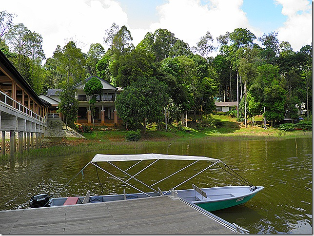 Lake Chini Resort