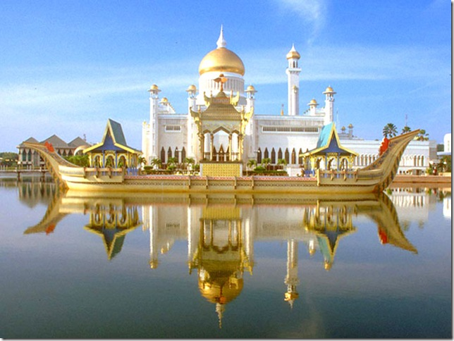 sultan-omar-ali-saifuddien-mosque-brunei