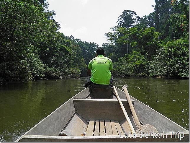 Boat to Lata Berkoh
