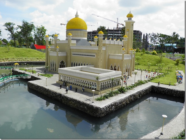Sultan Omar Ali Saifuddien Mosque, Bandar Seri Begawan, Brunei