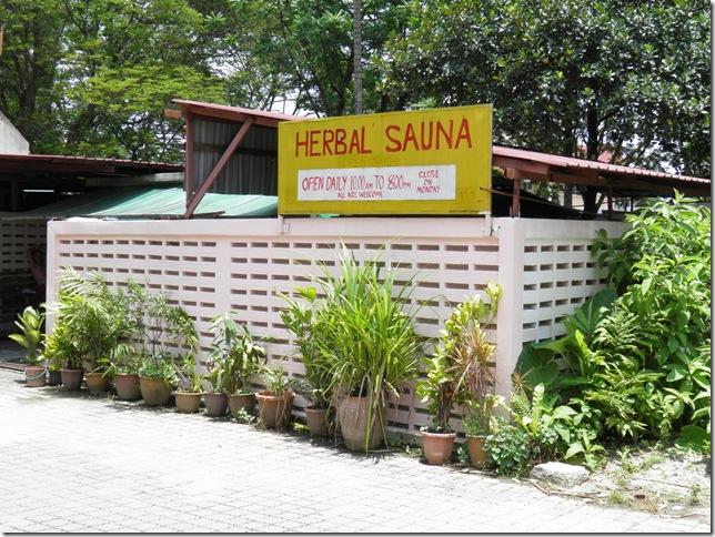 Herbal Sauna at Wat Chetawan
