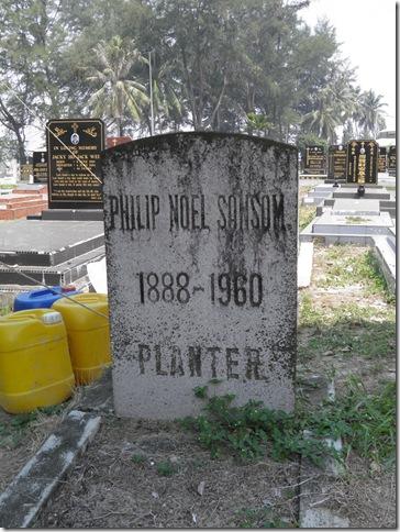 Grave of Philip Noel Sansom, Kuantan Christian Cemetery
