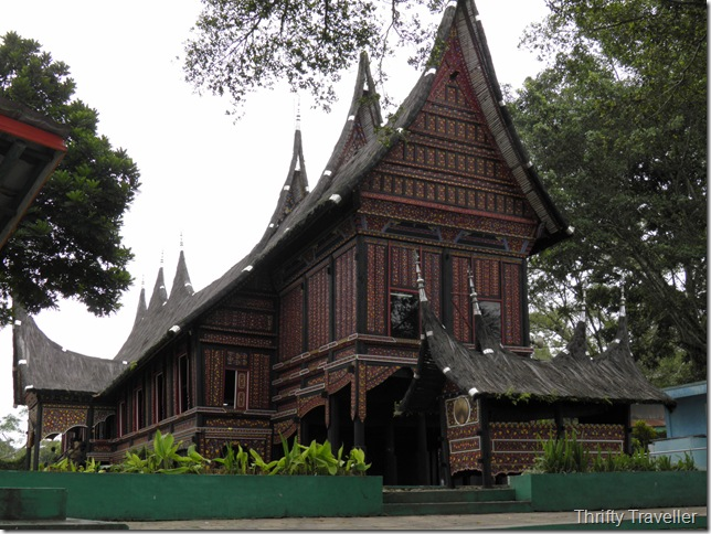Rumah Adat Baanjuang, Bukittinggi Zoo