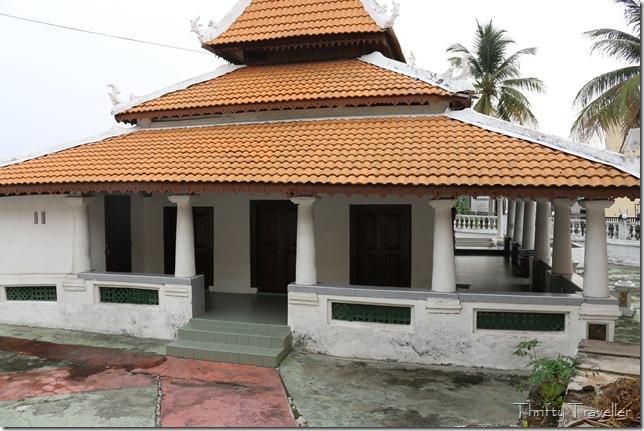 Masjid Tanah mosque
