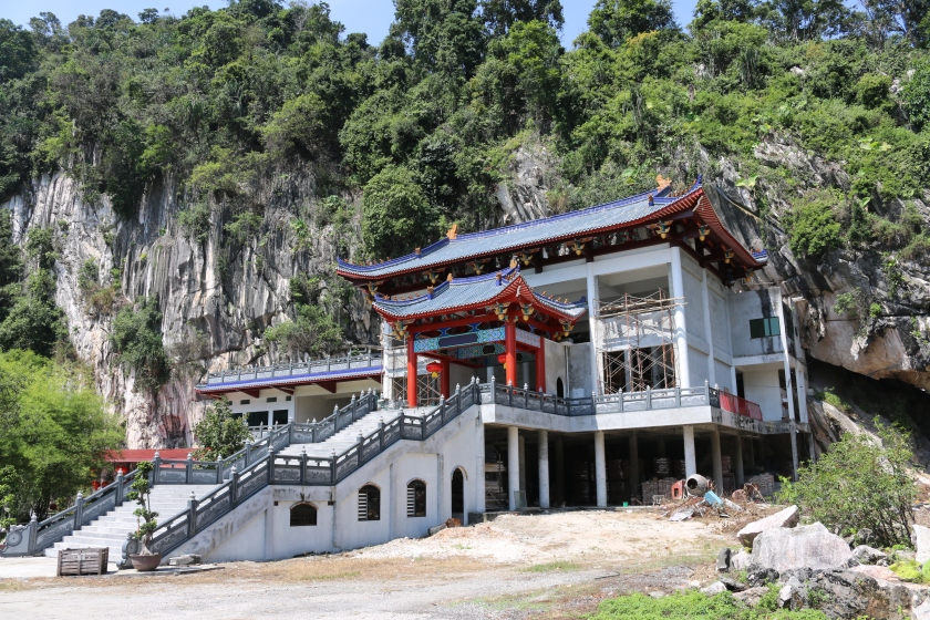 Loong Thow Ngau Temple, Ipoh
