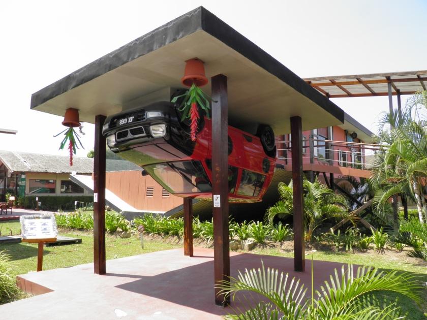 Rumah Terbalik, Tamparuli, Sabah