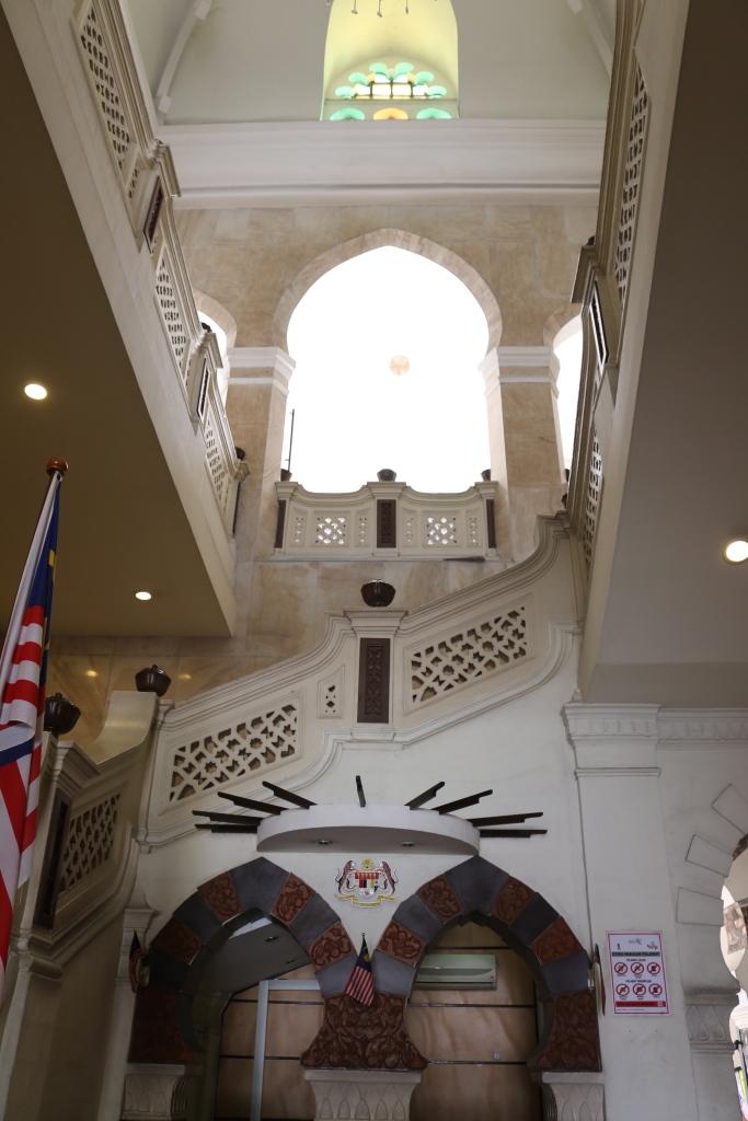 Main entrance lobby.
