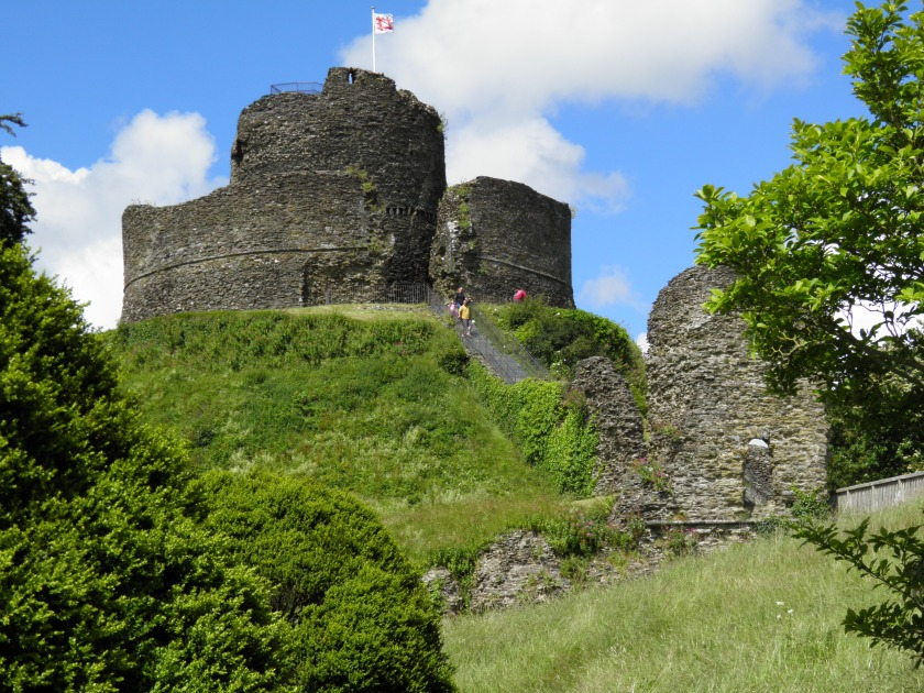 Launceston is known as the Gateway to Cornwall and its Norman castle, dating from around 1070, was built to dominate the approach to the town.