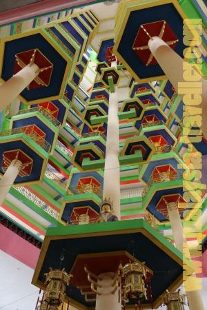 Enlightened-Heart-Buddhist-Temple-atrium