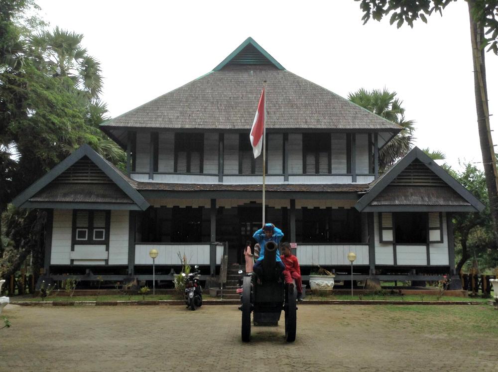 SombaOpuMuseumMakassar
