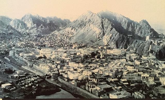 Muscat-in-1904