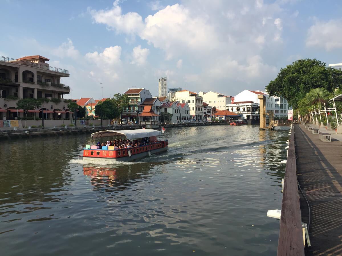 Melaka-Tourism-river-cruise